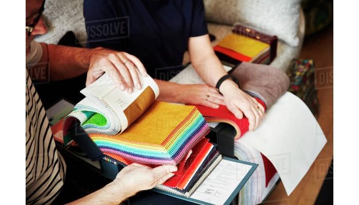 انتخاب رنگ و طرح پارچه مبلی