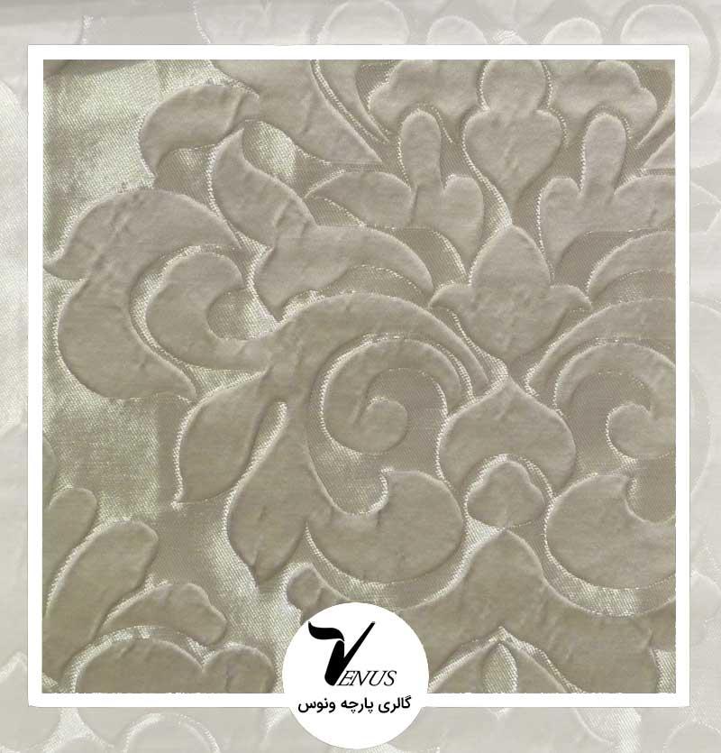 پارچه مبلی کرمی گل دار