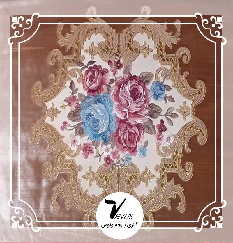 پارچه مبلی ترک مخمل گلدوزی شده رنگ بژ طرح گل داماس